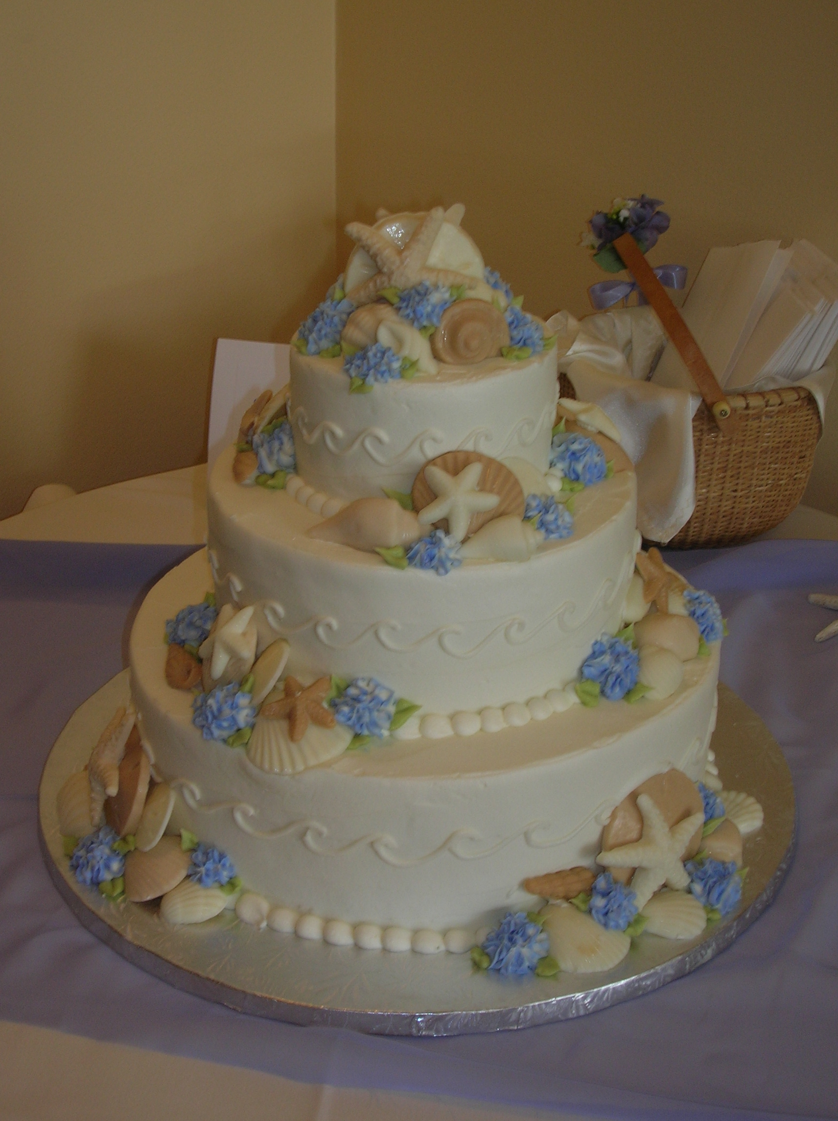 Wedding Cake By Veronica