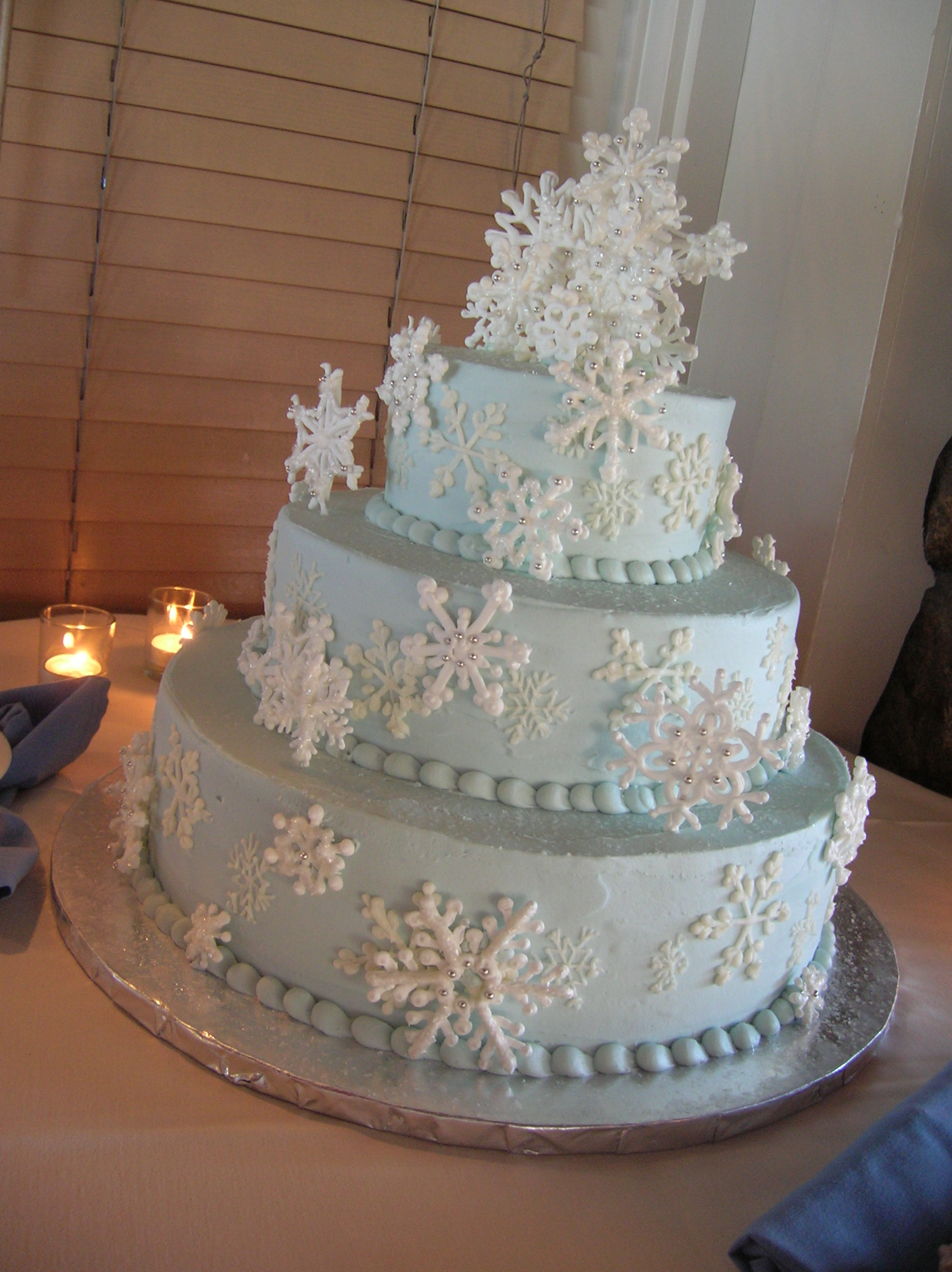 Winter Blue Wedding Cakes images