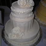 7 wedding fondant ribbon roses Kath's cake